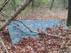 Low profile tarp